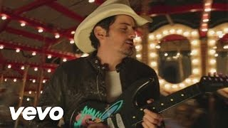 "Brad Paisley – ""Beat This Summer"" with Lyrics"