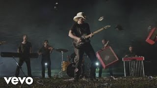 "Brad Paisley – ""Perfect Storm"" with Lyrics"