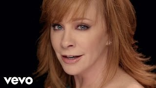 "Reba McEntire – ""Going Out Like That"" with Lyrics"