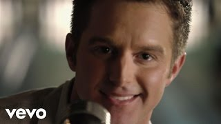 "Easton Corbin – ""Baby Be My Love Song"" with Lyrics"