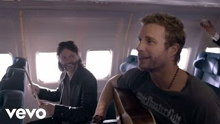 "Dierks Bentley – ""Drunk On A Plane"" with Lyrics"